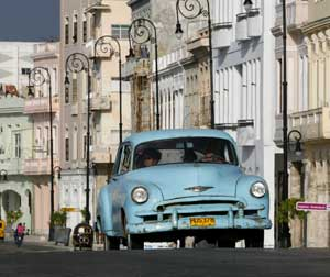 Classic car in Havana, Cuba, July 9, 2006. [© AP Images]